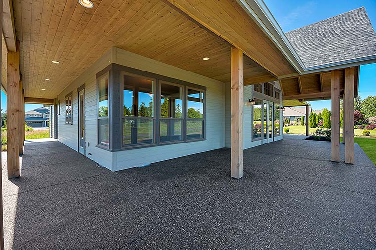 Country, Craftsman, Farmhouse House Plan 40922 with 3 Beds, 3 Baths, 2 Car Garage Picture 5