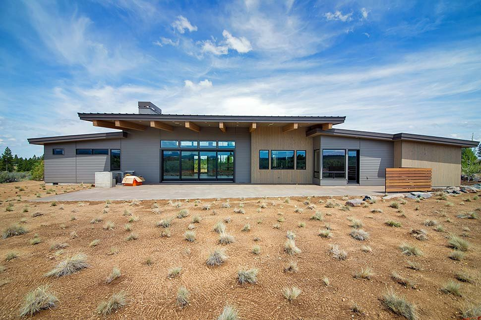 Contemporary, Modern House Plan 43319 with 3 Beds, 4 Baths, 3 Car Garage Rear Elevation