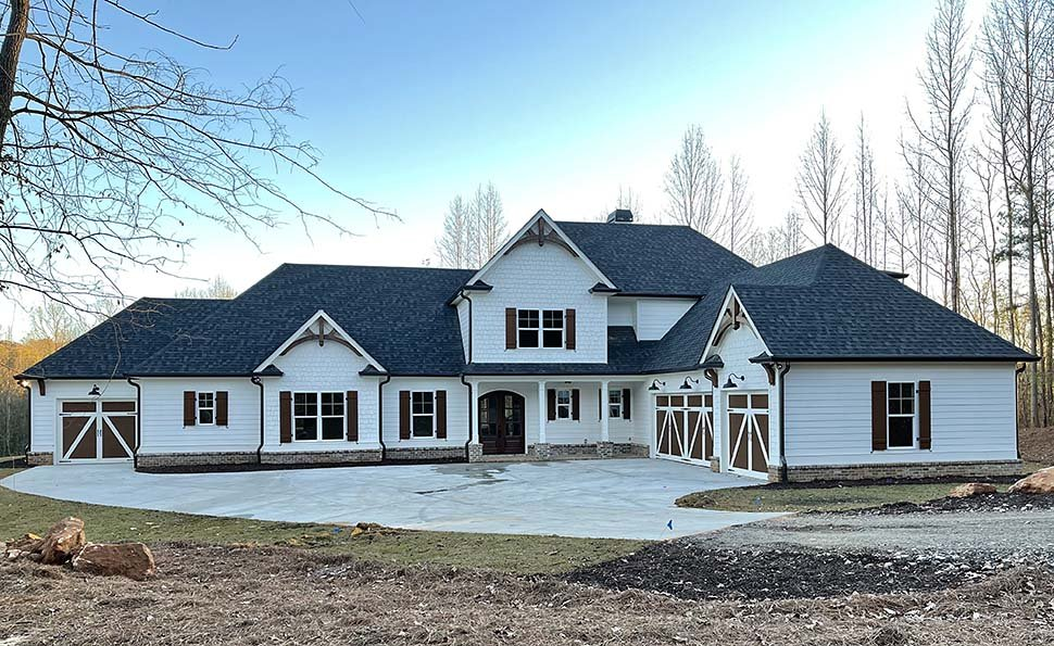 Craftsman, Farmhouse House Plan 52030 with 4 Beds, 4 Baths, 4 Car Garage Picture 14