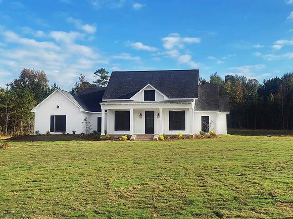 Country, Farmhouse, Traditional House Plan 74666 with 4 Beds, 3 Baths, 3 Car Garage Elevation