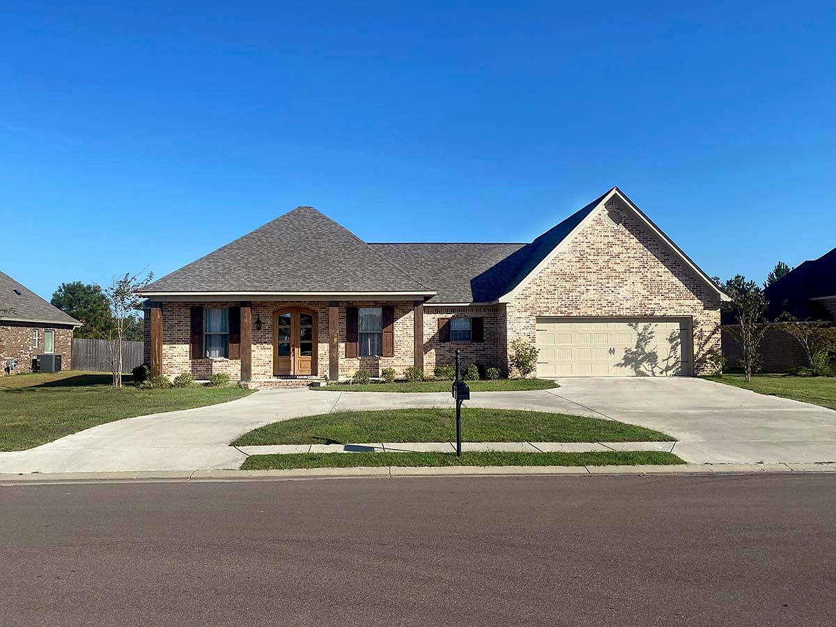 Country, Farmhouse, Traditional House Plan 74669 with 4 Beds, 3 Baths, 2 Car Garage Elevation