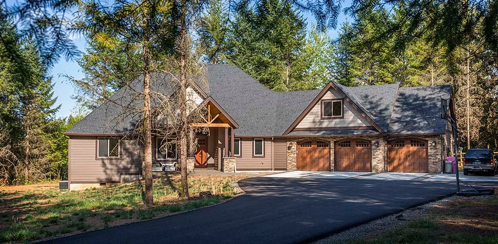 Country, Craftsman House Plan 81204 with 3 Beds, 3 Baths, 2 Car Garage Picture 3