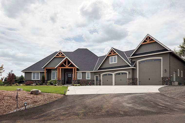 Country, Craftsman House Plan 81204 with 3 Beds, 3 Baths, 2 Car Garage Picture 5