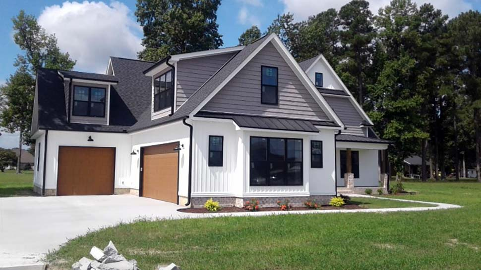Craftsman, Farmhouse House Plan 83107 with 4 Beds, 4 Baths, 3 Car Garage Picture 2