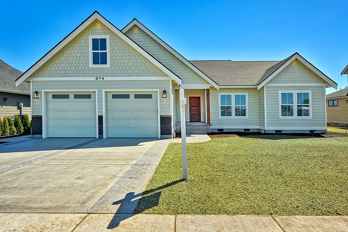 Country, Craftsman, Ranch, Traditional Plan with 2245 Sq. Ft., 3 Bedrooms, 2 Bathrooms, 2 Car Garage Elevation