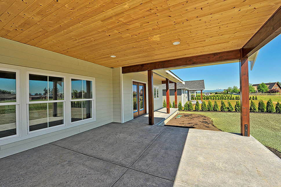 Country, Craftsman, Ranch, Traditional Plan with 2245 Sq. Ft., 3 Bedrooms, 2 Bathrooms, 2 Car Garage Picture 23