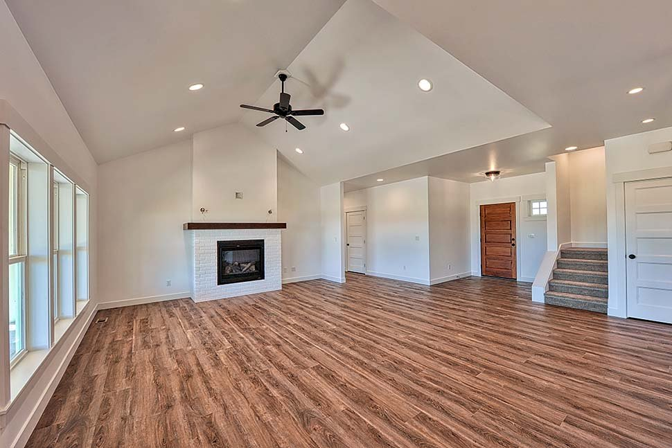 Country, Craftsman, Ranch, Traditional Plan with 2245 Sq. Ft., 3 Bedrooms, 2 Bathrooms, 2 Car Garage Picture 7