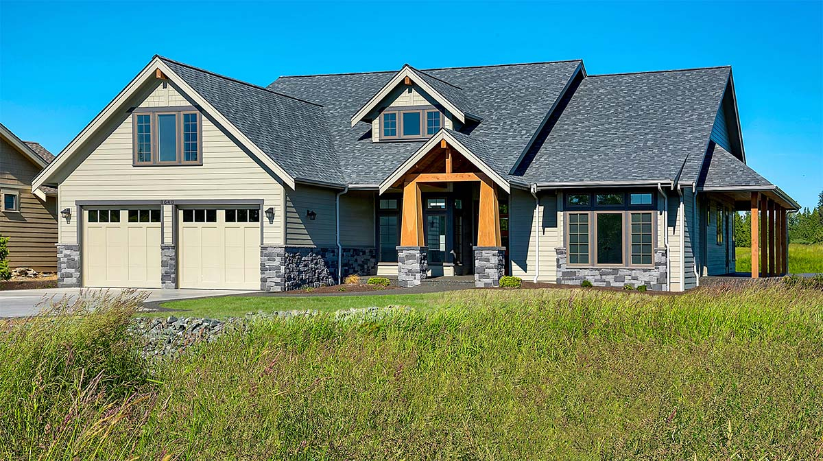 Country, Craftsman, Farmhouse Plan with 2939 Sq. Ft., 3 Bedrooms, 3 Bathrooms, 2 Car Garage Picture 2