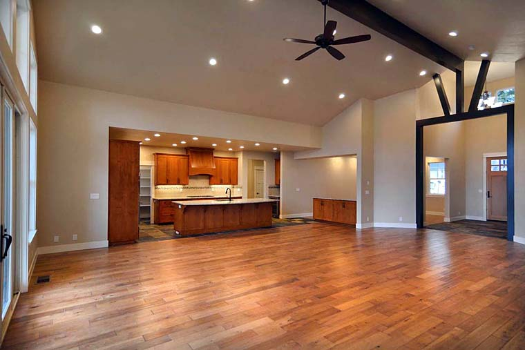Country, Craftsman, Traditional Plan with 3159 Sq. Ft., 3 Bedrooms, 3 Bathrooms, 3 Car Garage Picture 12