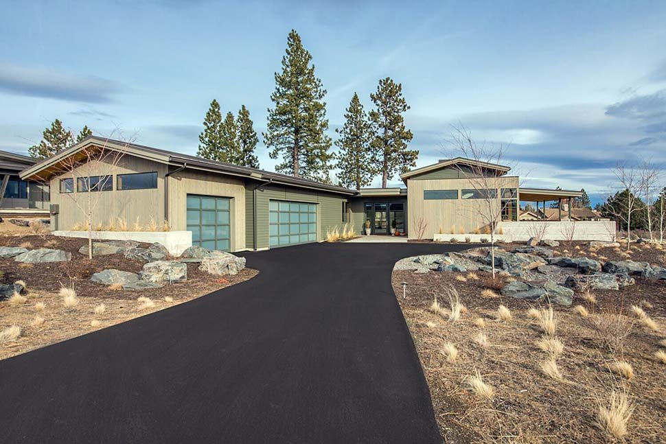 Contemporary, Modern Plan with 2818 Sq. Ft., 3 Bedrooms, 4 Bathrooms, 3 Car Garage Picture 2