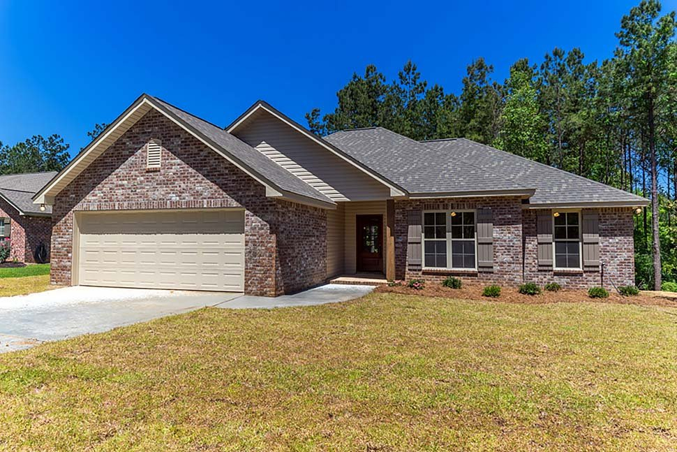 Country, Traditional Plan with 1719 Sq. Ft., 4 Bedrooms, 2 Bathrooms, 2 Car Garage Elevation