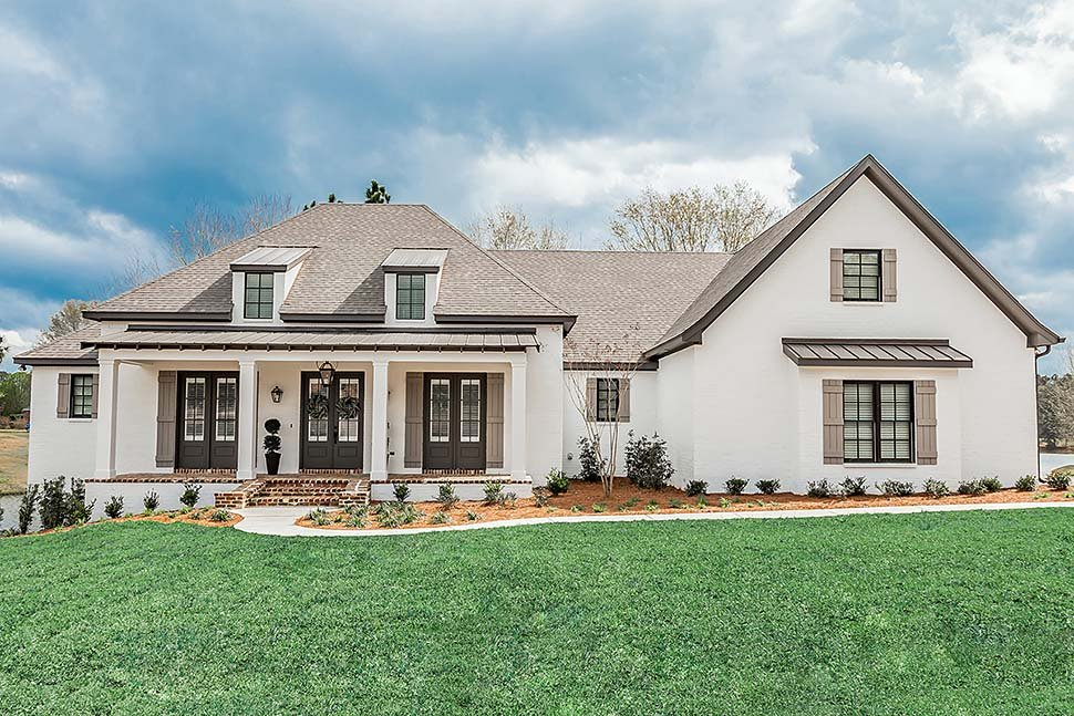 French Country, Southern Plan with 2854 Sq. Ft., 3 Bedrooms, 2 Bathrooms, 3 Car Garage Elevation