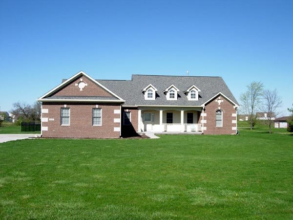 European, Ranch, Traditional Plan with 1751 Sq. Ft., 3 Bedrooms, 2 Bathrooms, 2 Car Garage Picture 7