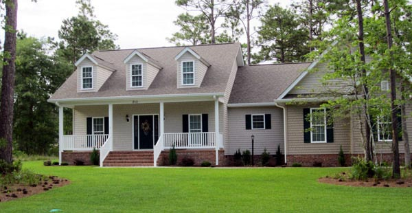 Cape Cod, Craftsman, Traditional Plan with 1800 Sq. Ft., 3 Bedrooms, 2 Bathrooms, 2 Car Garage Picture 7