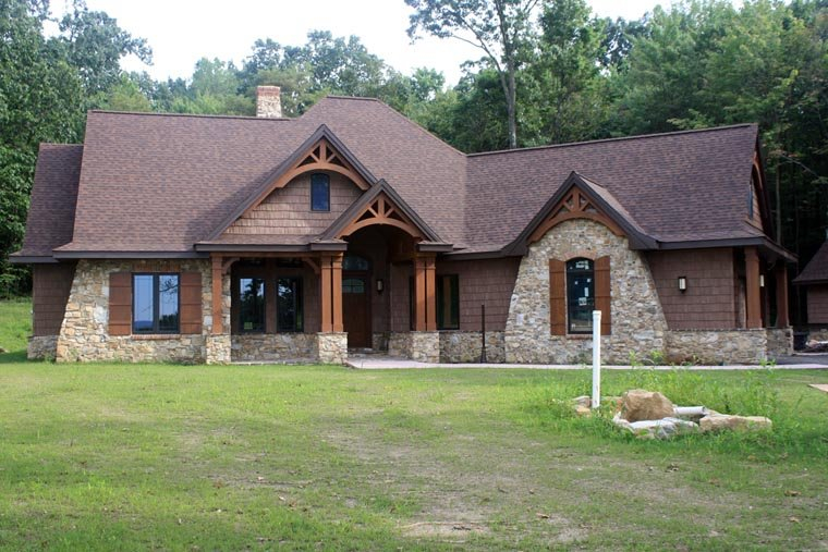 Cottage, Craftsman, Tuscan Plan with 2091 Sq. Ft., 3 Bedrooms, 3 Bathrooms, 2 Car Garage Picture 17