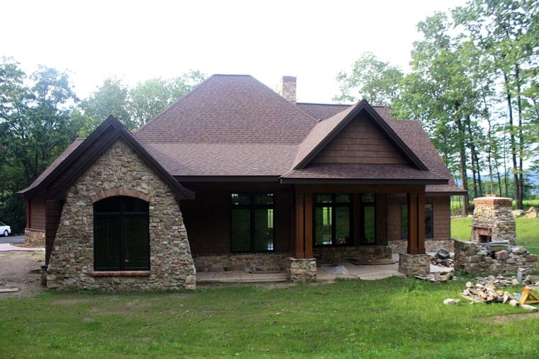 Cottage, Craftsman, Tuscan Plan with 2091 Sq. Ft., 3 Bedrooms, 3 Bathrooms, 2 Car Garage Picture 18
