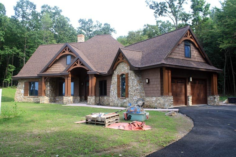 Cottage, Craftsman, Tuscan Plan with 2091 Sq. Ft., 3 Bedrooms, 3 Bathrooms, 2 Car Garage Picture 19