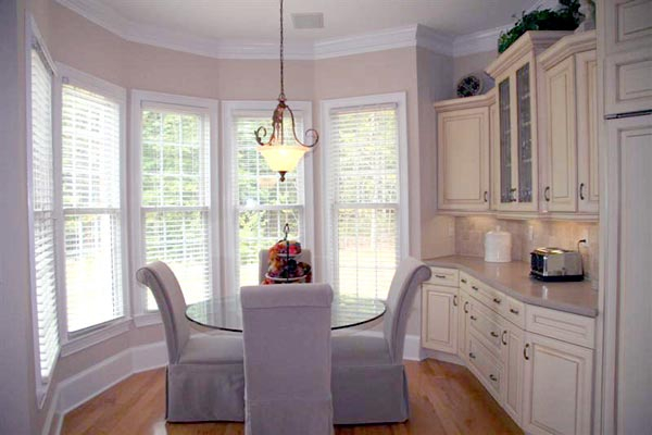 Colonial, Greek Revival Plan with 3159 Sq. Ft., 4 Bedrooms, 4 Bathrooms, 3 Car Garage Picture 11