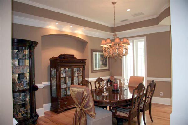 Colonial, Greek Revival Plan with 3159 Sq. Ft., 4 Bedrooms, 4 Bathrooms, 3 Car Garage Picture 4