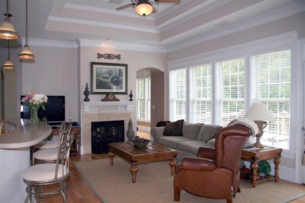 Colonial, Greek Revival Plan with 3159 Sq. Ft., 4 Bedrooms, 4 Bathrooms, 3 Car Garage Picture 8