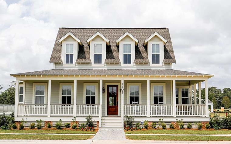 Country, Farmhouse, Southern Plan with 3343 Sq. Ft., 3 Bedrooms, 4 Bathrooms Elevation