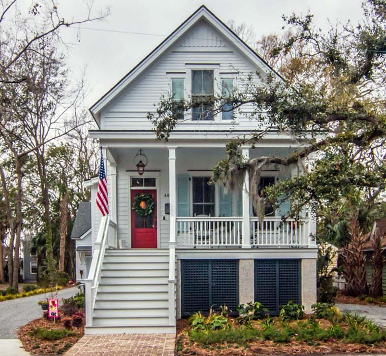 Coastal, Country, Southern, Traditional Plan with 1906 Sq. Ft., 3 Bedrooms, 3 Bathrooms Elevation