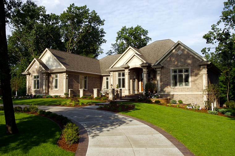 Traditional Plan with 4373 Sq. Ft., 2 Bedrooms, 3 Bathrooms, 4 Car Garage Elevation