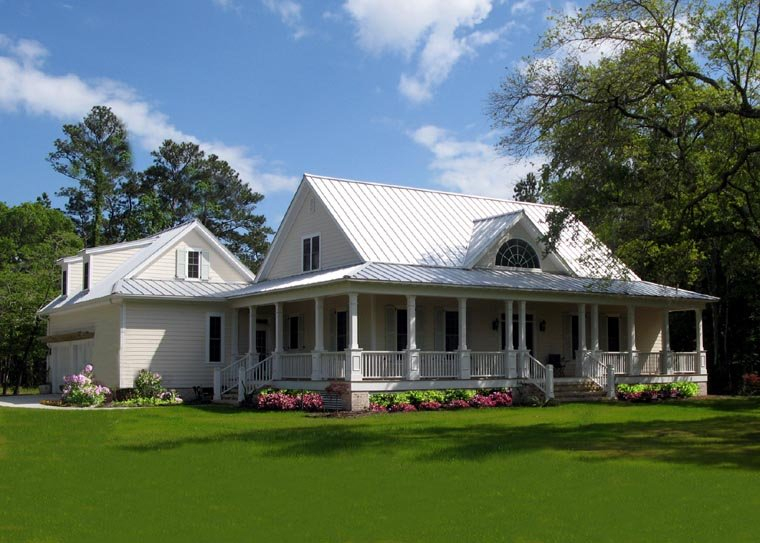 Cottage, Country, Farmhouse, Traditional Plan with 2556 Sq. Ft., 4 Bedrooms, 3 Bathrooms, 2 Car Garage Picture 2