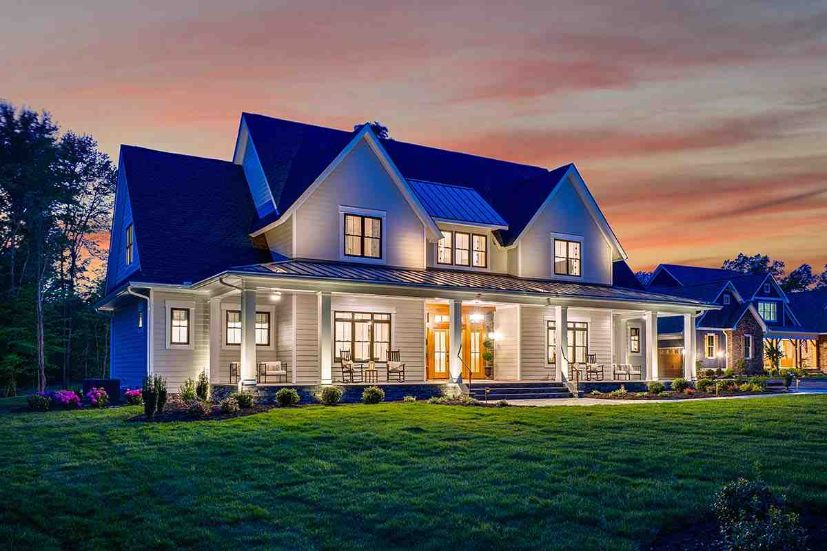 Country, Farmhouse, Traditional House Plan 42698 with 4 Beds, 4 Baths, 3 Car Garage Picture 2