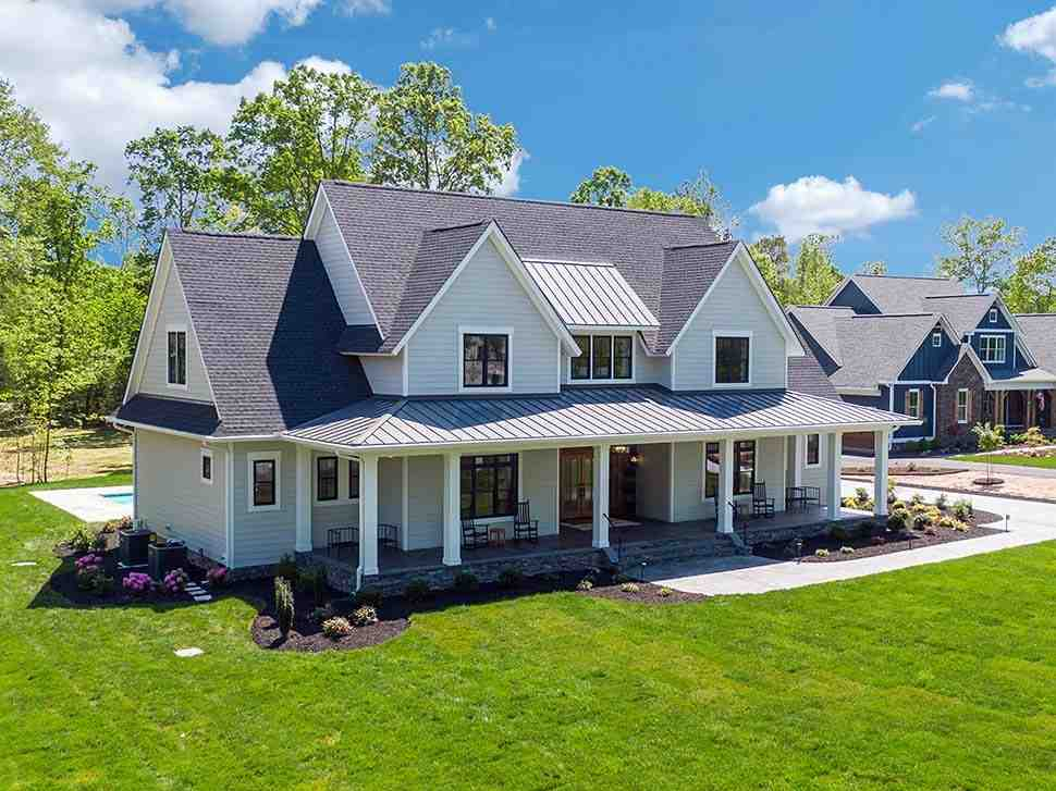 Country, Farmhouse, Traditional House Plan 42698 with 4 Beds, 4 Baths, 3 Car Garage Picture 9