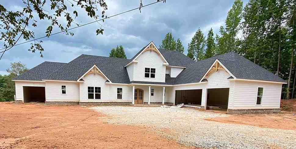 Craftsman, Farmhouse House Plan 52030 with 4 Beds, 4 Baths, 4 Car Garage Picture 4