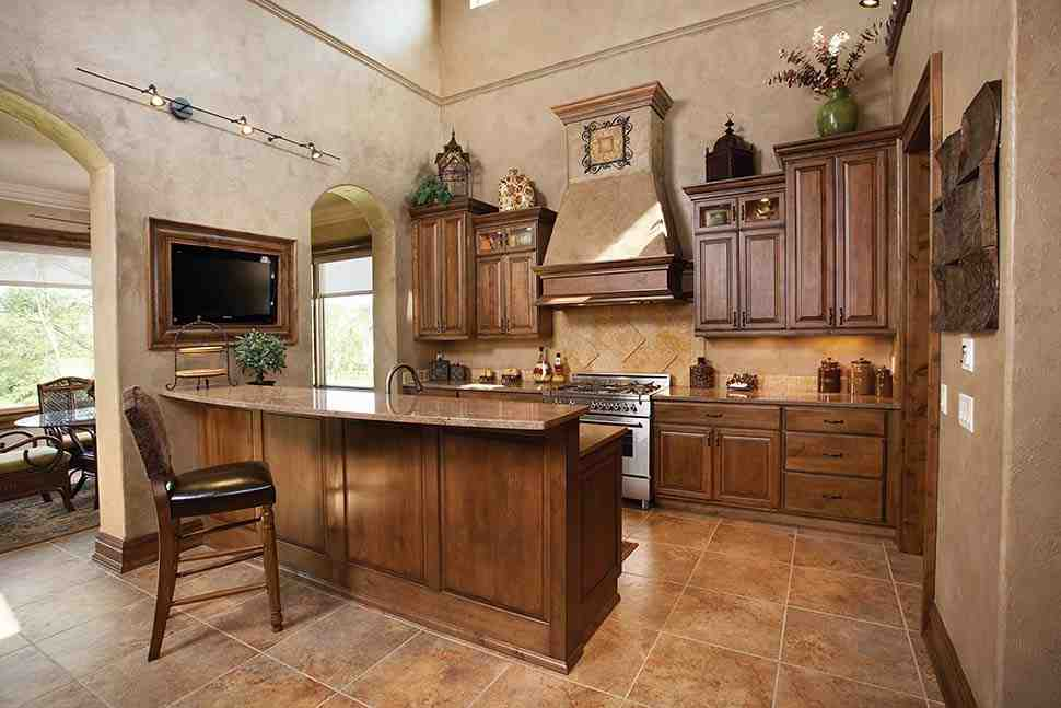 Southwest, Tuscan House Plan 75471 with 4 Beds, 3 Baths, 3 Car Garage Picture 4