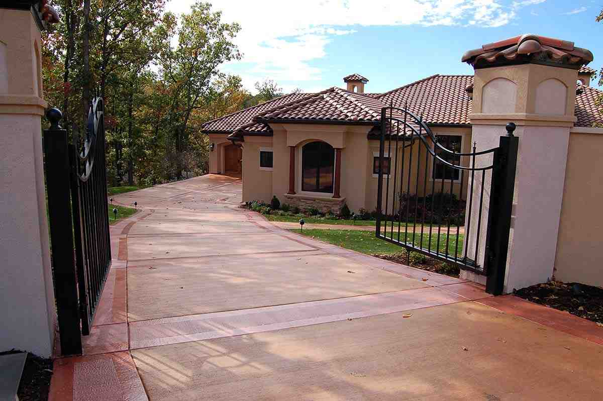 Southwest House Plan 75473 with 5 Beds, 3 Baths, 5 Car Garage Picture 1