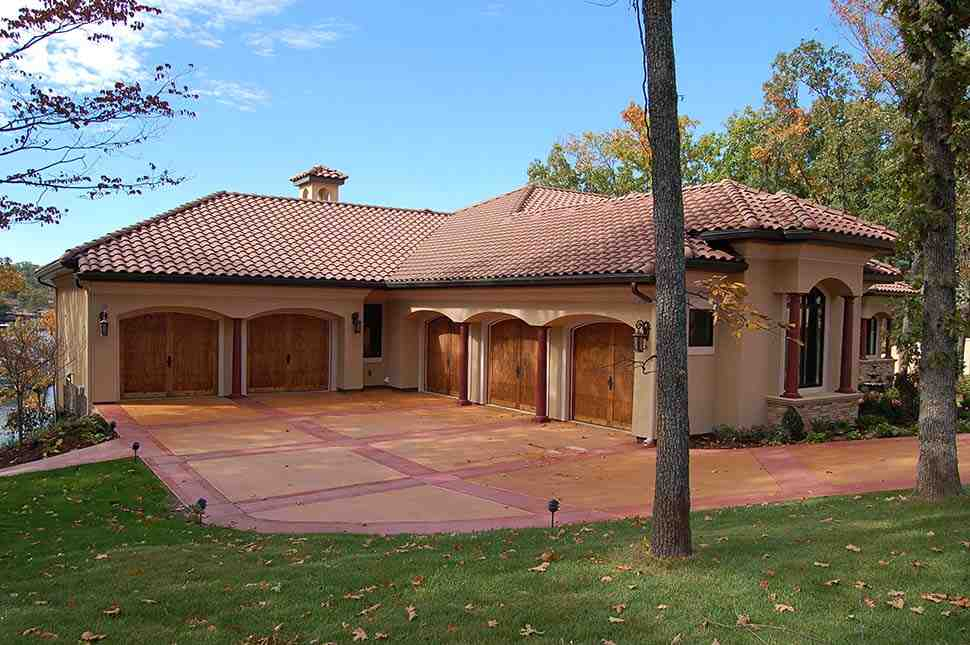 Southwest House Plan 75473 with 5 Beds, 3 Baths, 5 Car Garage Picture 2