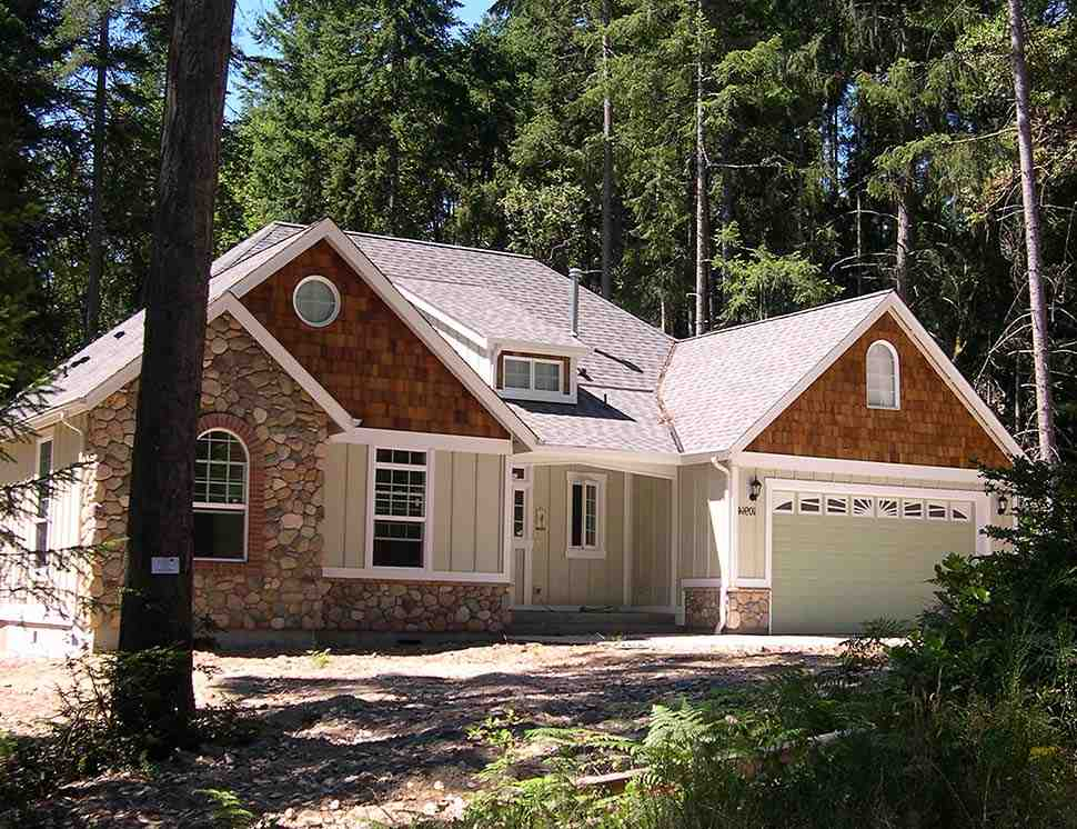 Bungalow, Craftsman House Plan 81227 with 3 Beds, 2 Baths, 3 Car Garage Picture 6