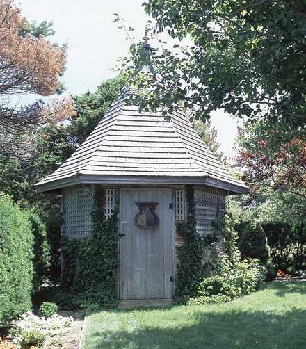 503500 - Old English Garden Shed